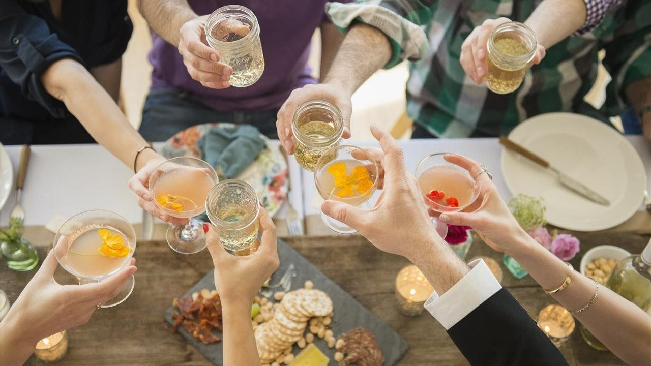 How to make a splash entertaining this fall