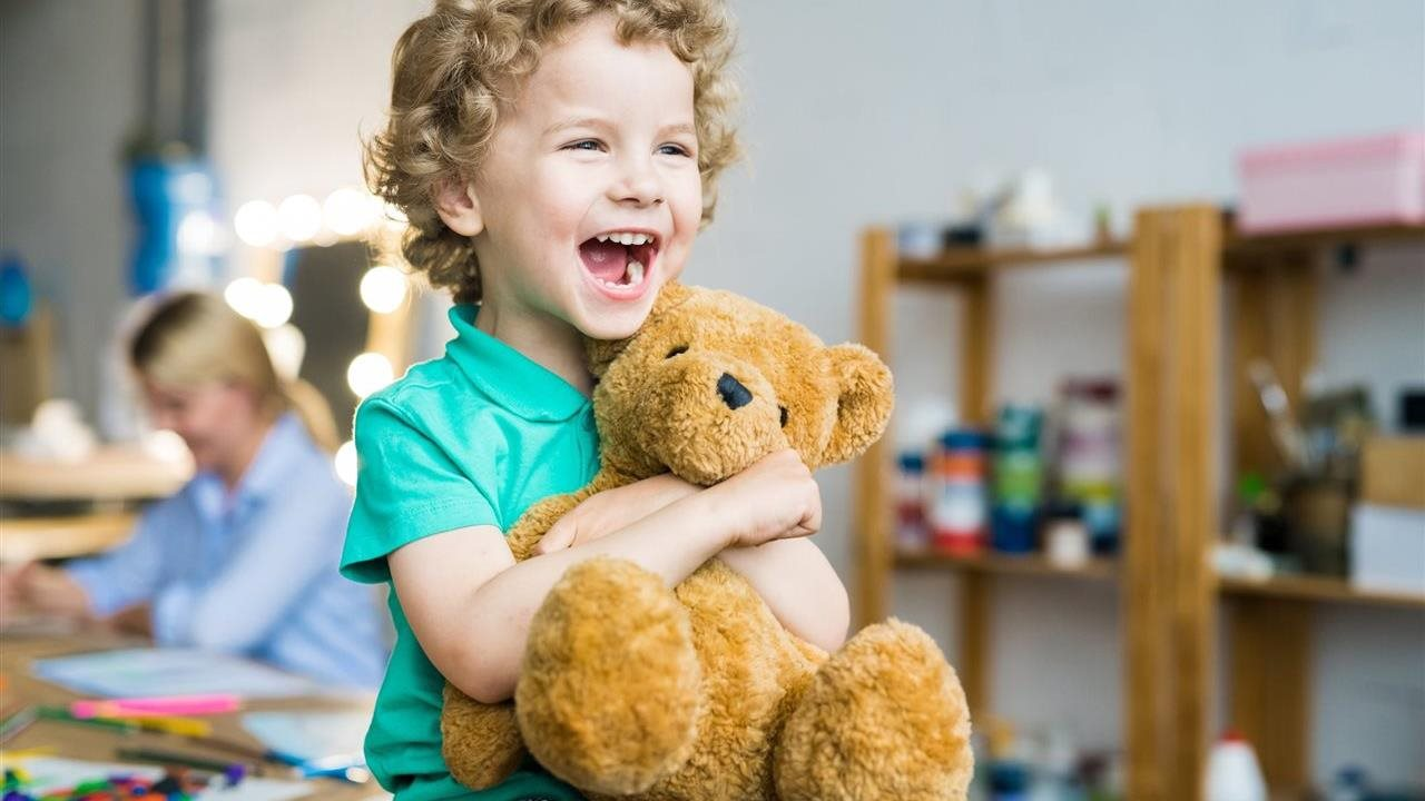Tips for sanitizing 5 hard-to-clean items in your children's rooms
