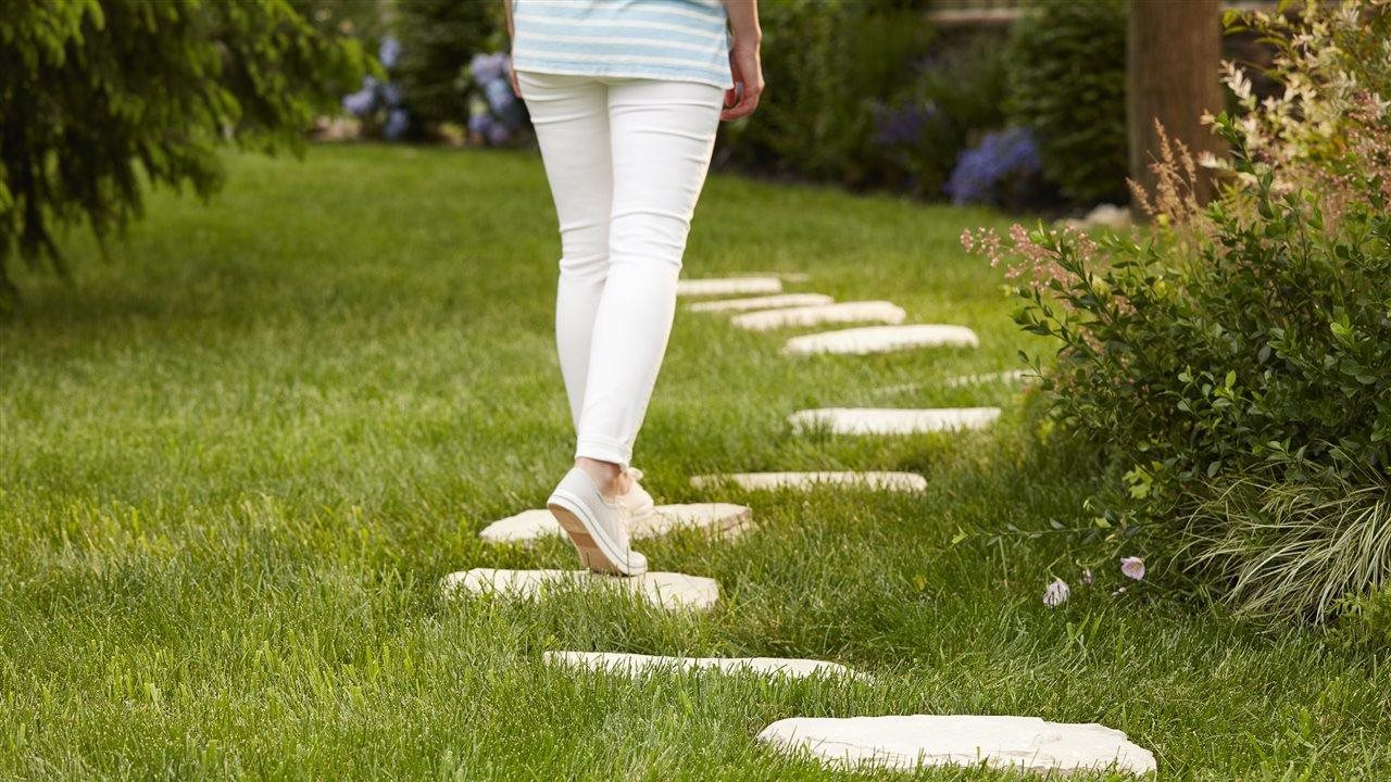 4 steps to expertly green grass on a DIY budget