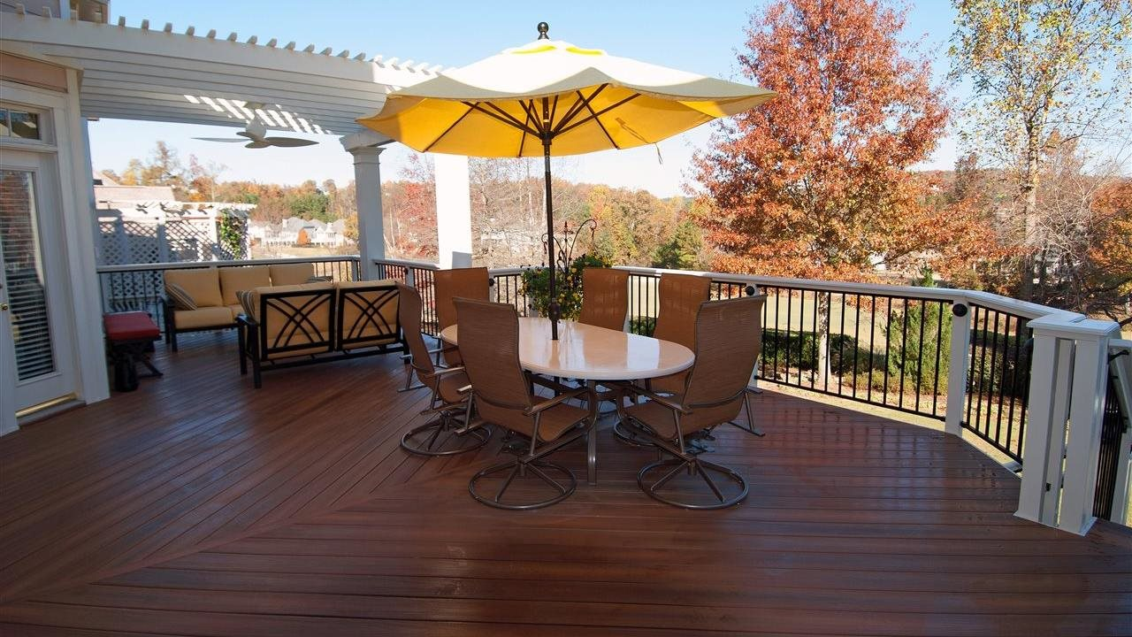 3 unexpected ways to save time and money by building a deck during the off-season